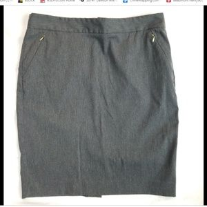 Limited size 12 gray exact stretch skirt zippered